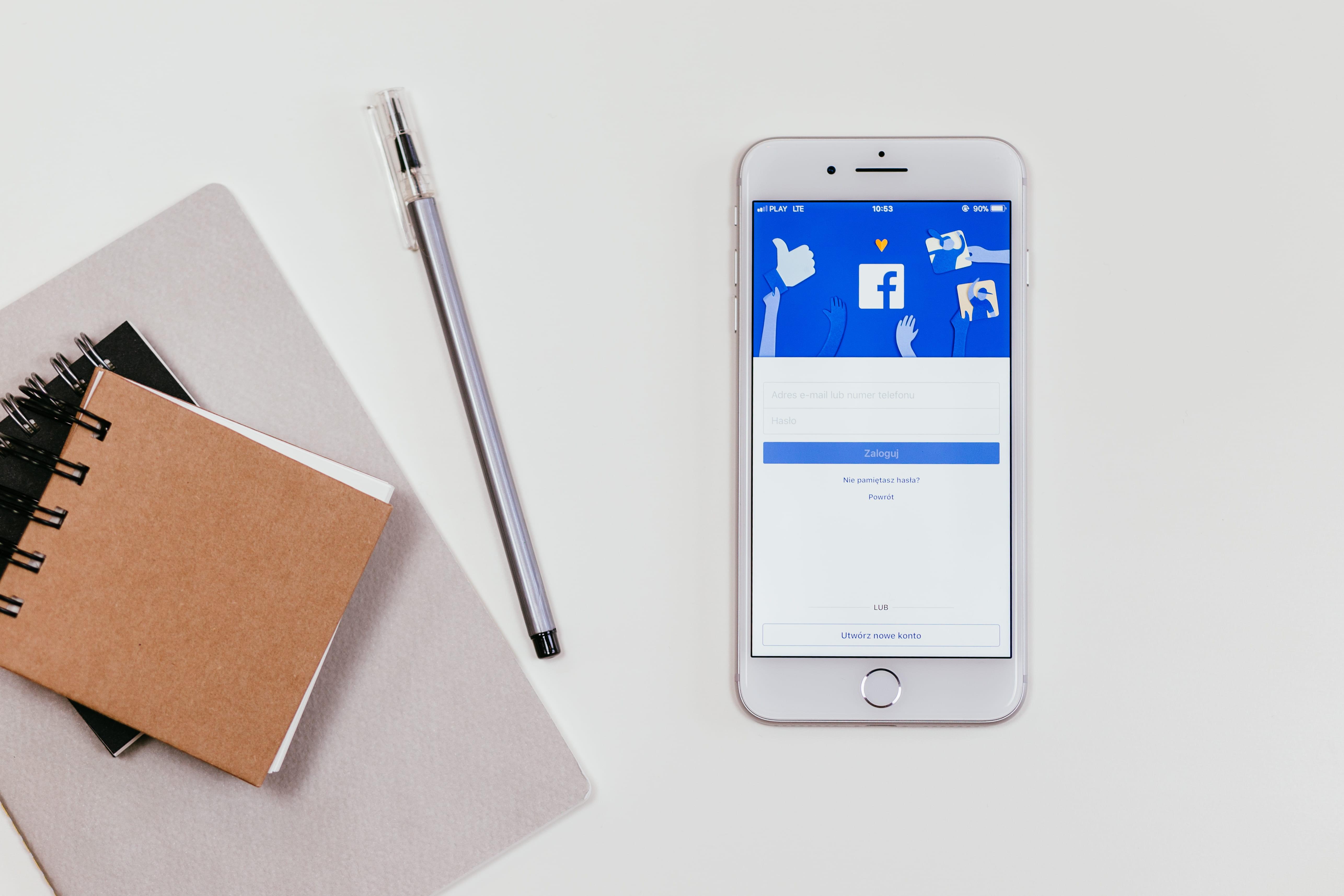 สร้างเพจ Facebook